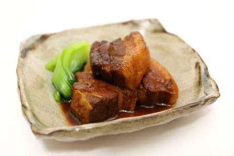ヨシダソースで豚の角煮