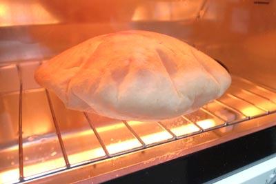 ピタポケットパン トースターで焼く