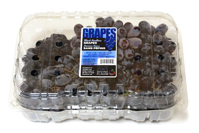 Black seedless grapes01