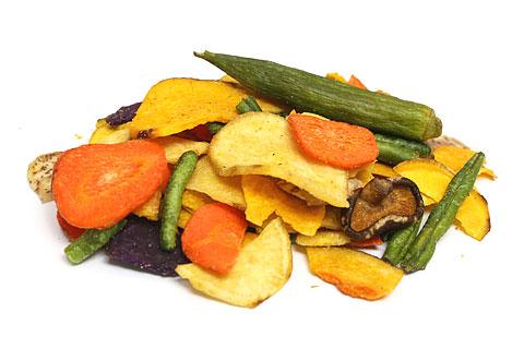 野菜収穫 ベジタブルチップス 開封
