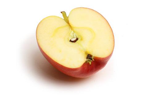 ジャズりんご 半分にカット
