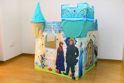 ポップアッププレイハウス アナと雪の女王モデル 組み立てた状態