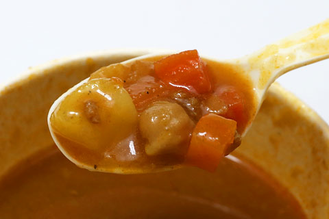 ポテト&ビーンズカレースープ 具材アップ