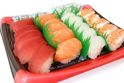 にぎり寿司 20貫 蓋をとった写真