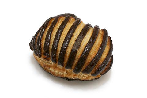 ダークチョコレートターンオーバー 1個