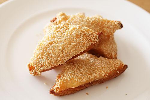 Chen's DIMSUM ごまえびトースト 調理
