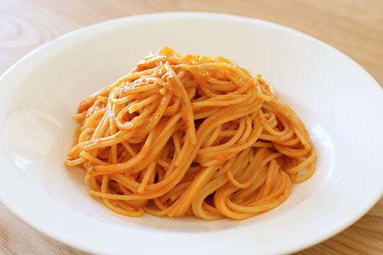 トマト&マスカルポーネチーズ パスタソースで作ったシンプルなパスタ