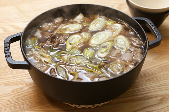 山形の郷土料理「芋煮」