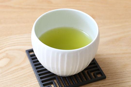 ティーバッグで淹れた緑茶