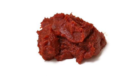 カークランド オーガニックトマトペースト ペースト状の中身
