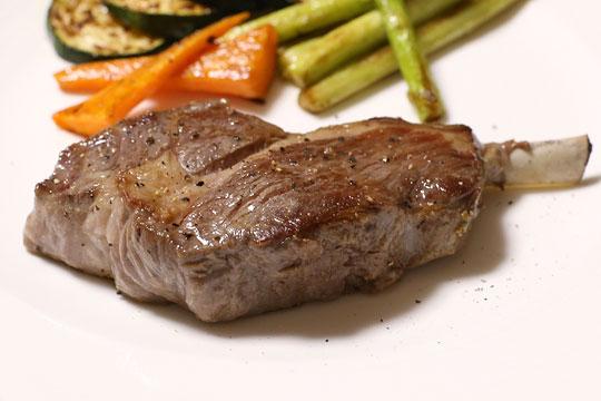 ラムショルダーラック ステーキ