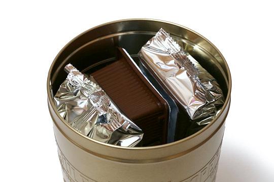 ジュールスデストルーパー アソートクッキー缶 缶の蓋を開けた