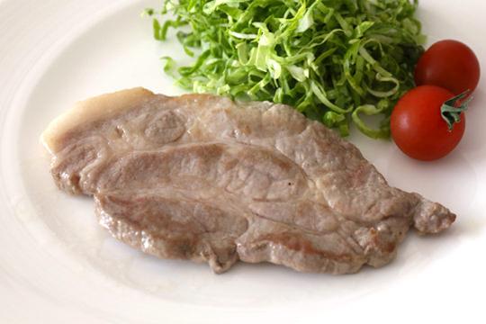 カナダ産豚肉 三元豚肩ロース焼肉 ポークステーキ