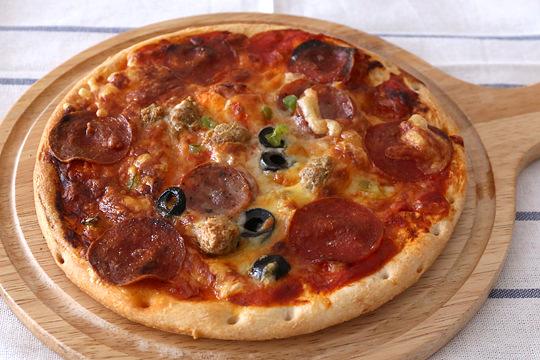 トロナ ペパロニピザ 調理例