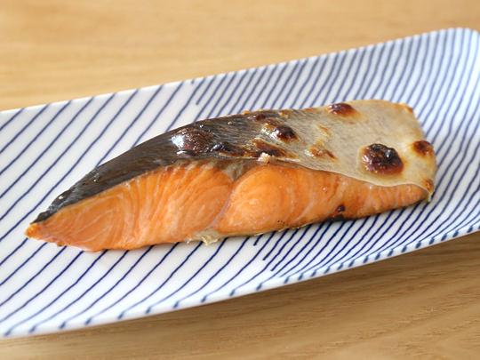 北海道産 定塩時鮭切身 焼いた
