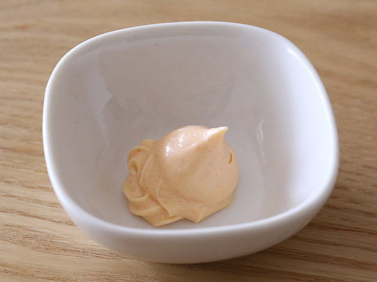 やまや めんたいマヨネーズ(タイプ) 小皿に出した