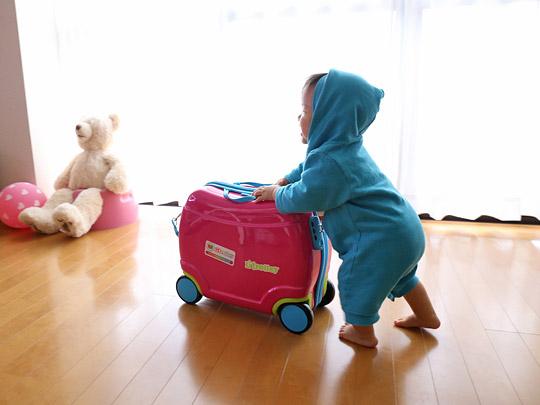 アイデス リトローリー(子供用スーツケース) バブーの歩行器