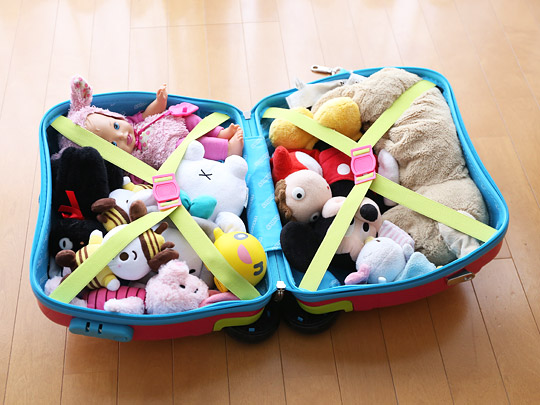 アイデス リトローリー(子供用スーツケース) 開けるとぬいぐるみがたくさん