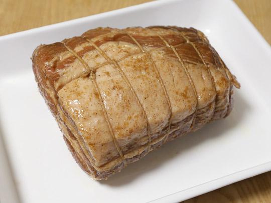 ストウブで作る焼豚(チャーシュー) 一晩おいた状態