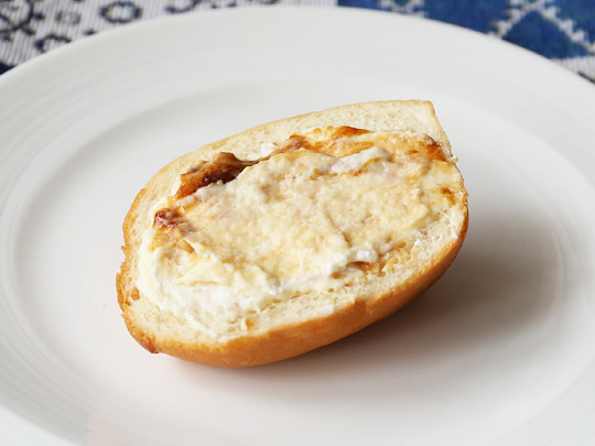 ダブルキャラメルプリン パンに塗った