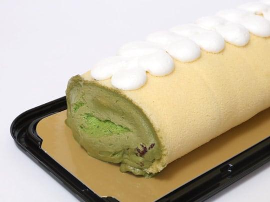 抹茶&クランベリーロールケーキ 端の部分(アップ)