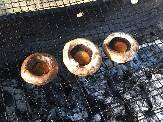 焼いたマッシュルーム