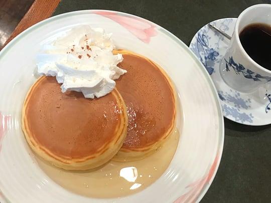 珈琲苑のホットケーキ