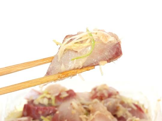 ぶりポキ(ネギ生姜) 箸あげ