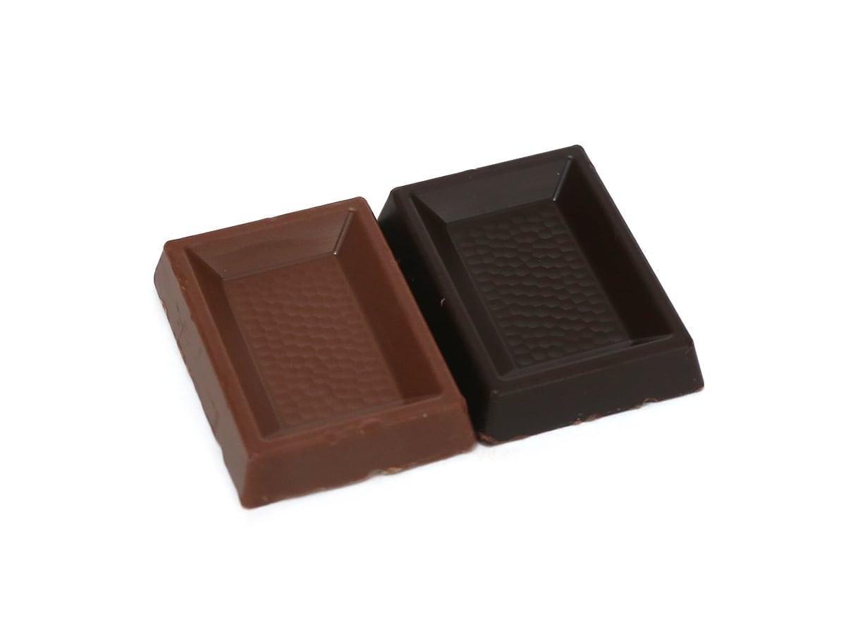 スイスデリス ミルクチョコレート 中身(ダークと比較)