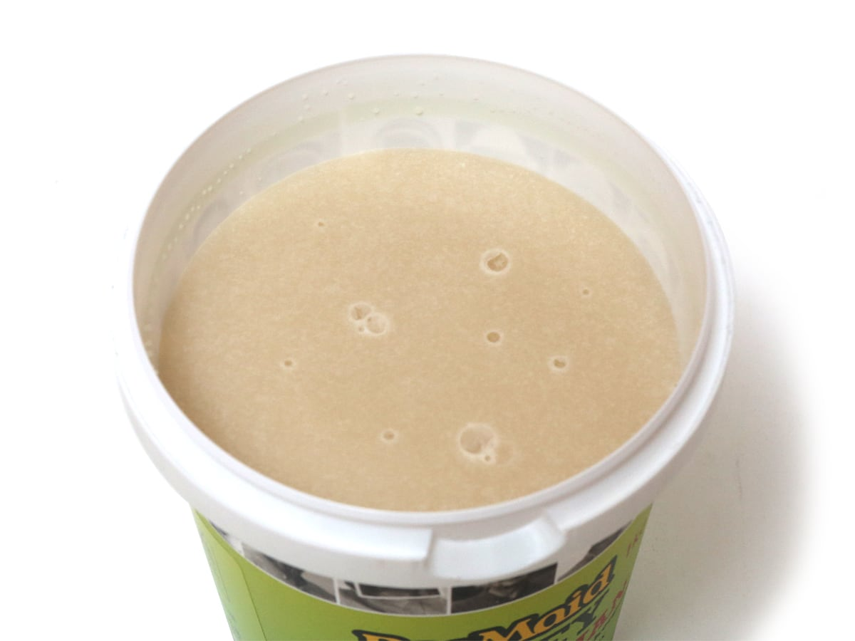 BeeMaid HONEY 100%CANADIAN ピュアクリームハニー 1kg 開封