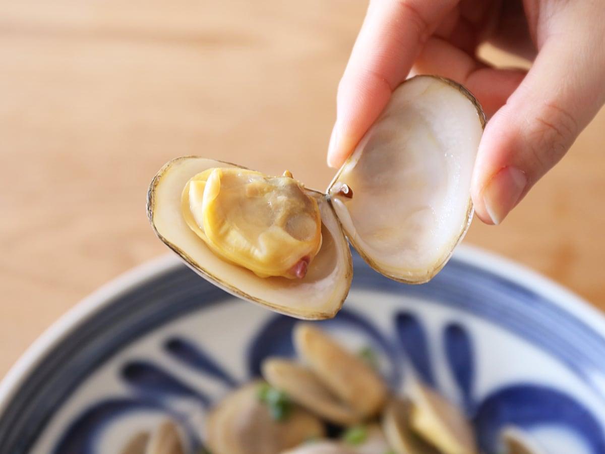 トゥアトゥア ニュージーランド産シロガイ バター焼き(貝のアップ)