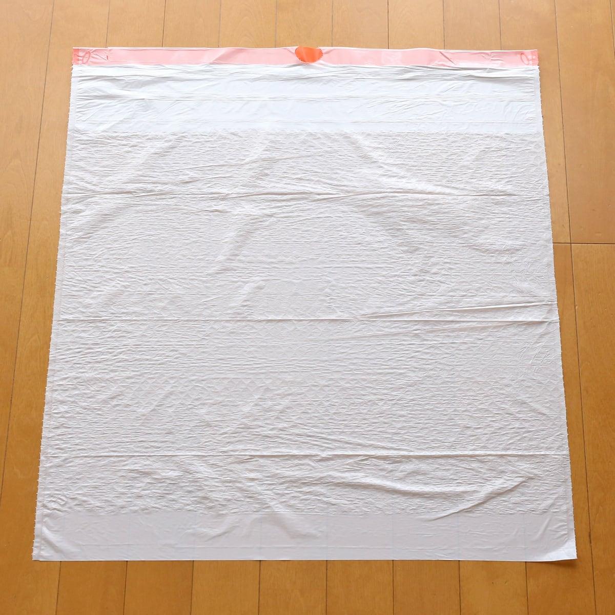 カークランドシグネチャー キッチンバッグ ひも付きゴミ袋 1枚(広げた)