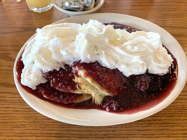 クラッカーバレルオールドカントリーストア メガサイズのパンケーキ