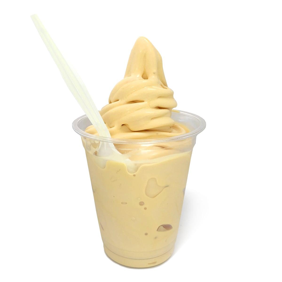 フードコート マンゴーソフトクリーム