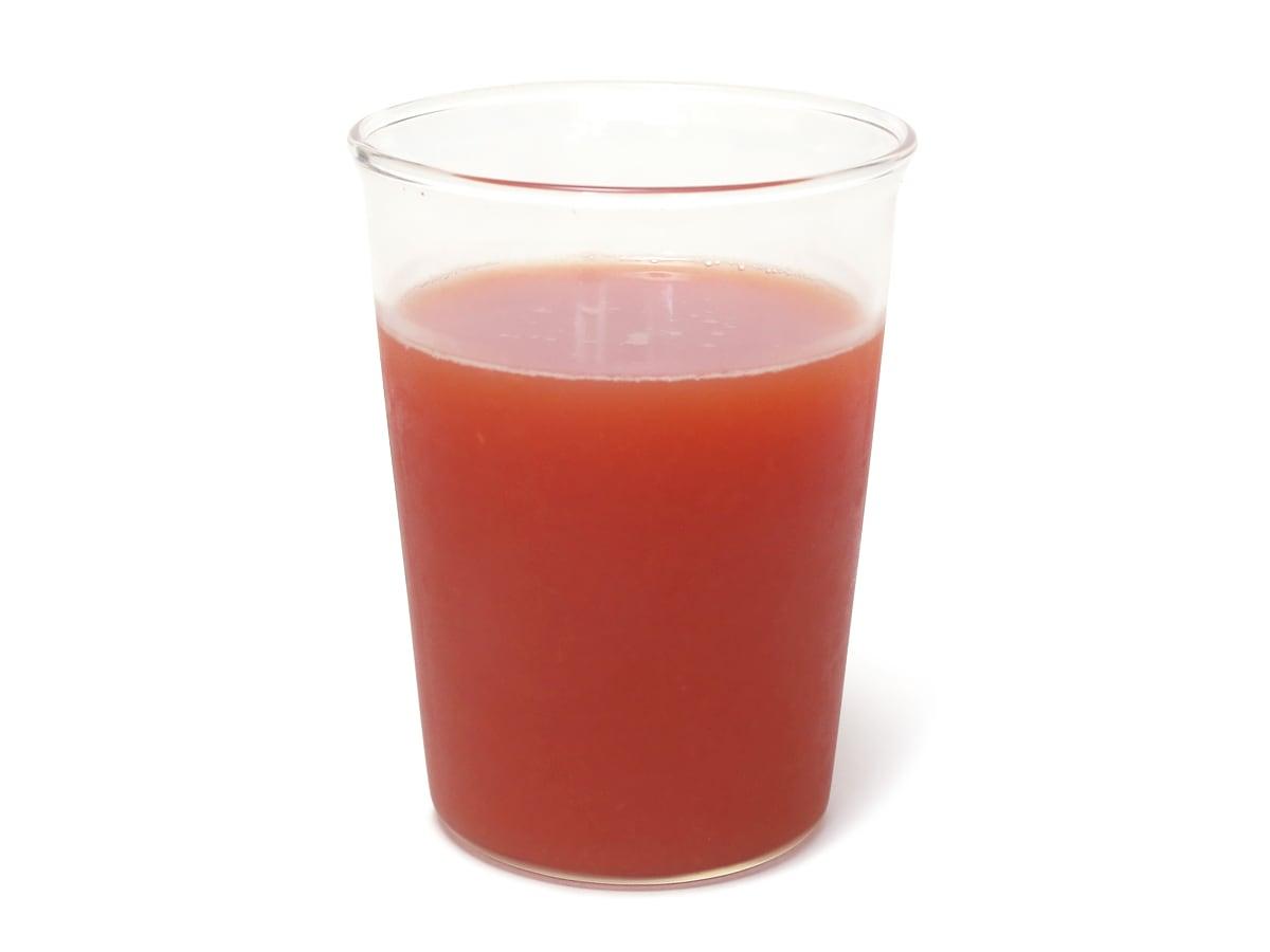 SONOMA GARDEN FOODS スイカジュース 1.5L グラスに注いだ
