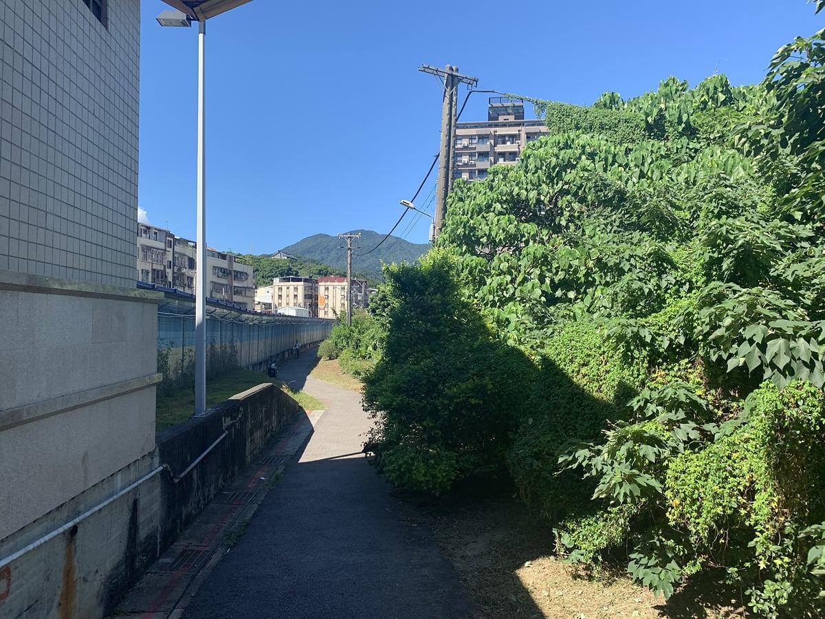 台湾のコストコへのアクセス 一本道