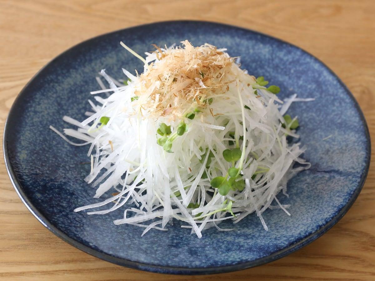 日本製・美濃焼 軽量食器 大皿4枚セット 大根サラダ
