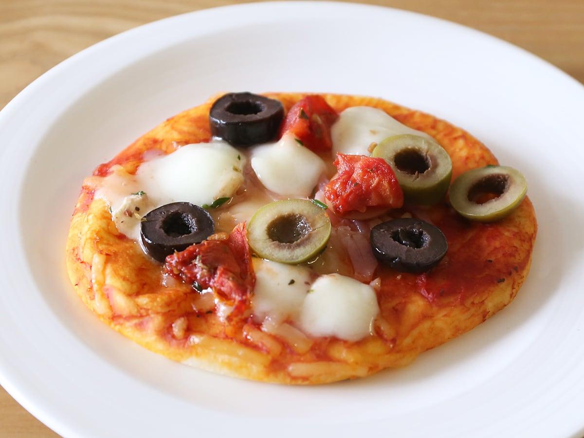 イタリアンオリーブアンティパスト ピザにトッピング