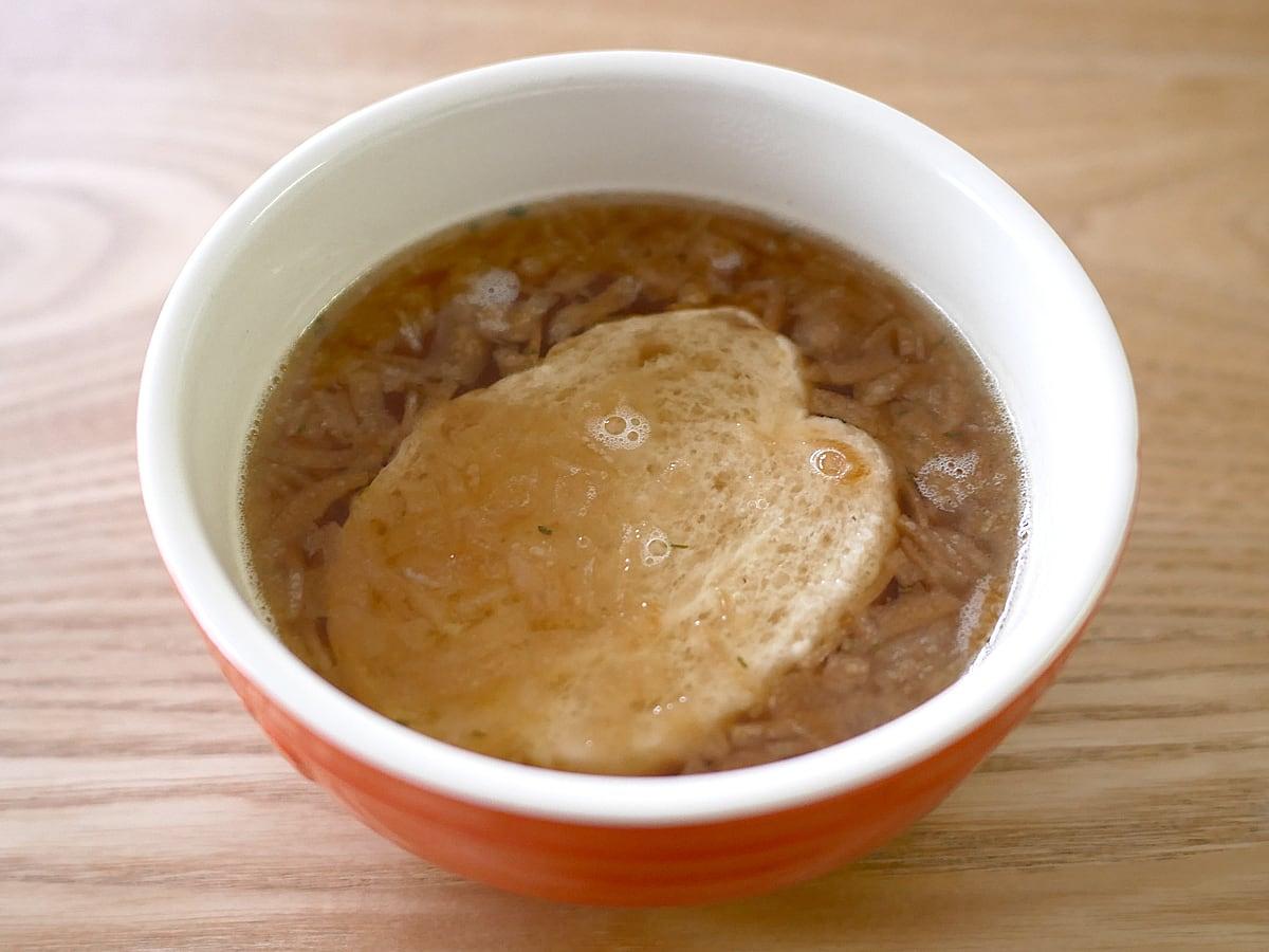 PILLBOX(ピルボックス) オニオングラタンスープ 調理例(お湯を注いだ)