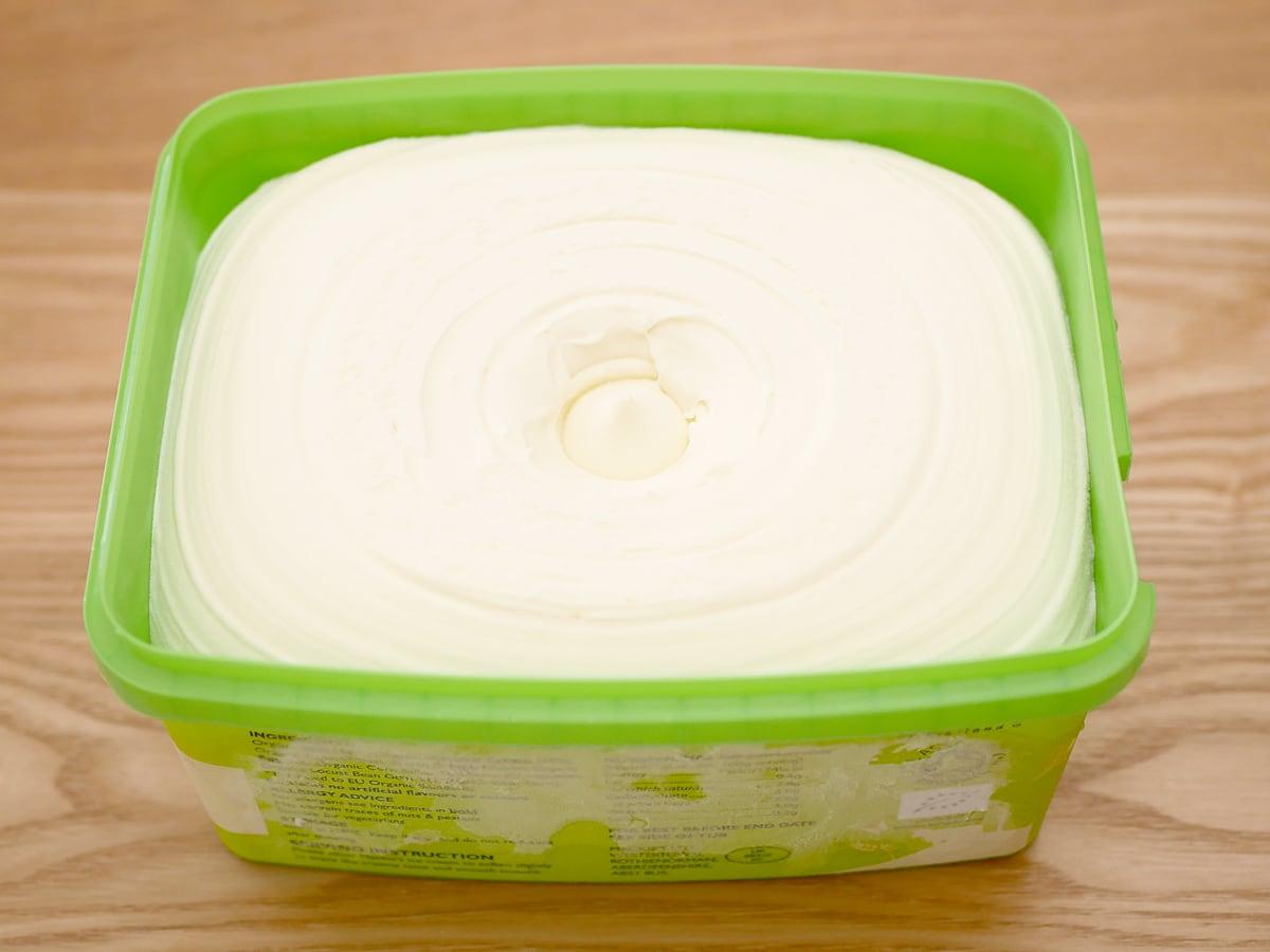 マッキーズ オーガニックミルクアイスクリーム 2L 開封