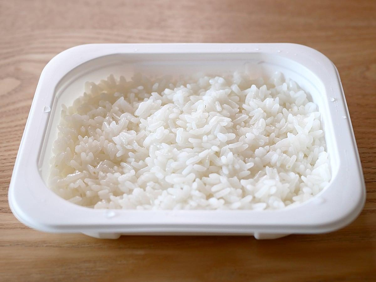 大塚食品 マイサイズアソート 12パック入り マンナンごはん(レンジで温めた)