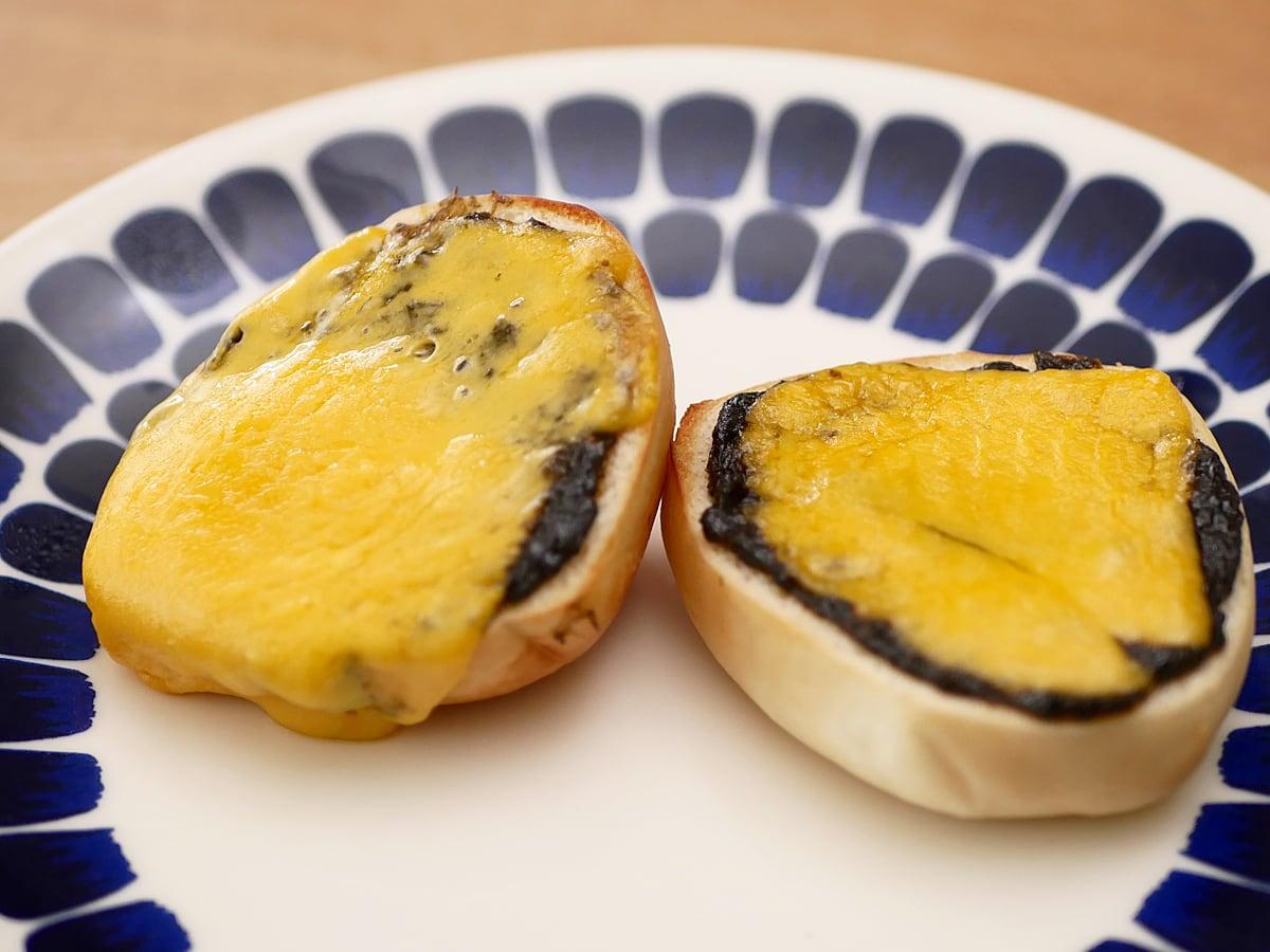 のりクロ 海苔の佃煮 使用例:ディナーロールとチェダーチーズに合わせて