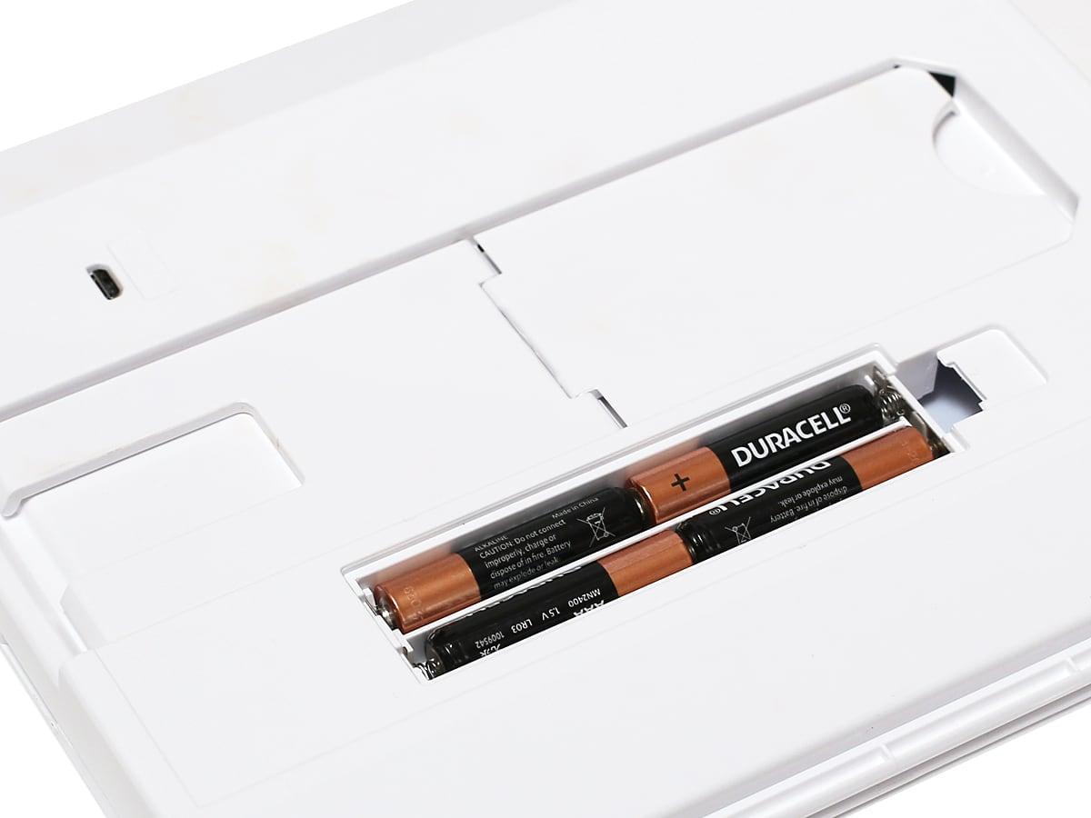 CONAIR(コンエアー)イルミネーションズ LEDイルミネーションミラー 電池ボックス・USB接続口