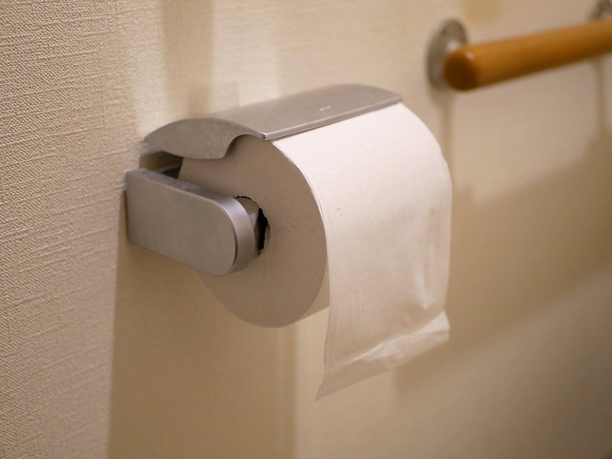 コアユース トイレットペーパー シングル 我が家のトイレにセットしたところ