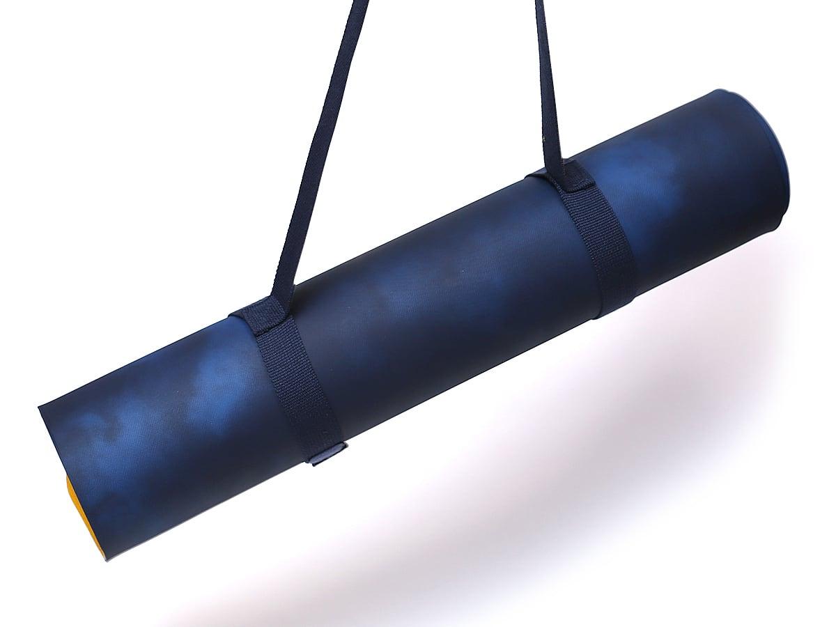 LOLE ヨガマット ストラップ付き(LOLE prima yoga mat+strap) ストラップで持ち運び可能