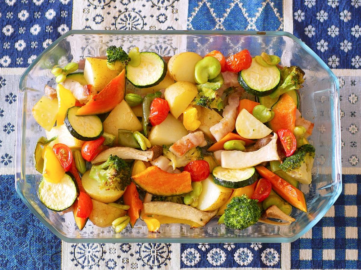 パイレックス ロースターズセット オーブンウェア 使用例:オーブン調理(カラフル野菜のオーブン焼き)