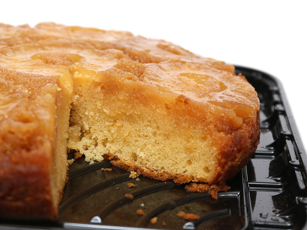 パイナップルアップサイドダウンケーキ カット