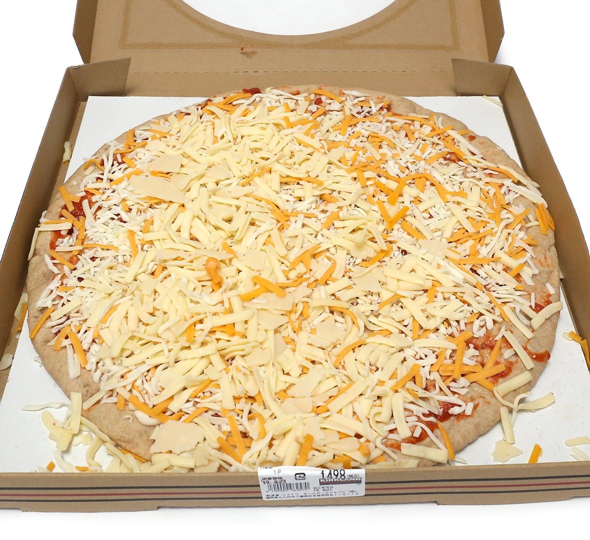 6色チーズピザホールウィート 箱を開けた