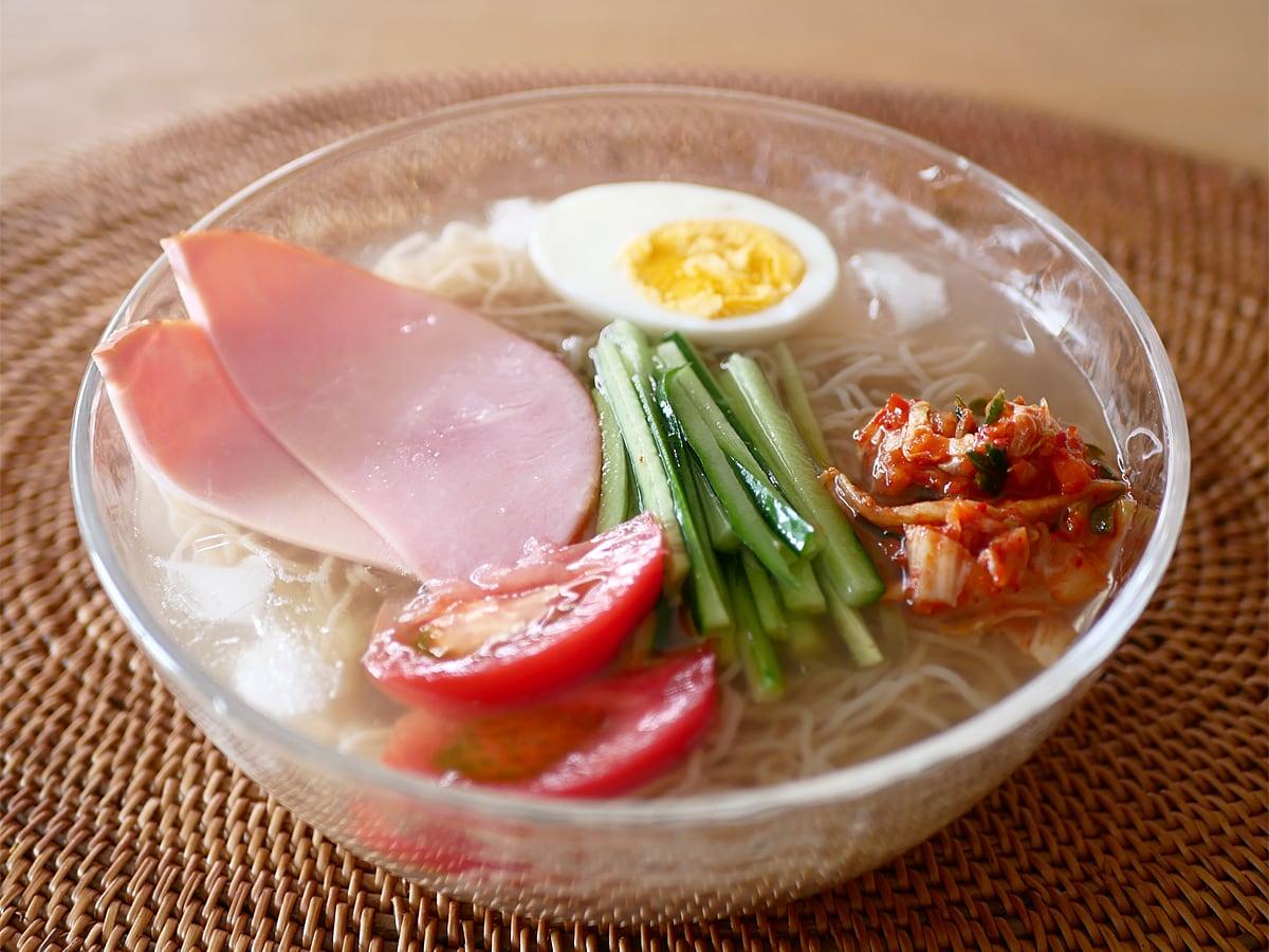 韓国冷麺 調理例