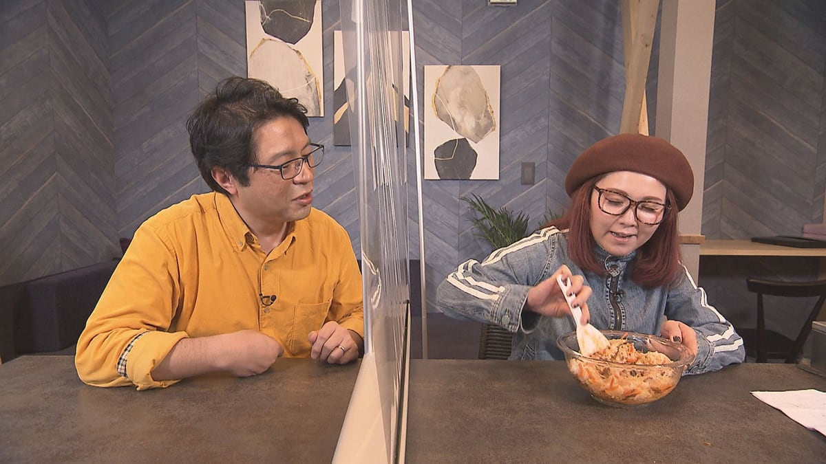 HBSアナウンサーの卓田和広さんとタレントの小橋亜樹さん1